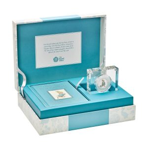Image of gift set containing Peter Rabbit 2018 UK 50p Silver Proof coin and book