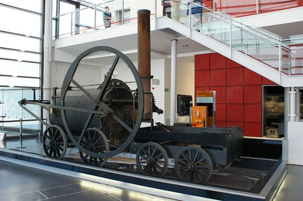 Full Scale Replica of Trevithick's 1804 steam powered locomotive